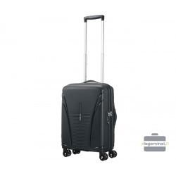 Mažas plastikinis lagaminas American Tourister Skytracer M Juodas